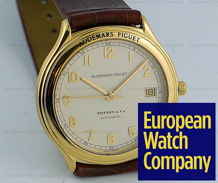 13781 Audemars Piguet, Huitieme Reference: 14593, Brushed 18K Yellow Gold  on a Strap, Automatic Movement, Date at 3 O'Clock, Diameter: 36mm, Centered  Sweep ...