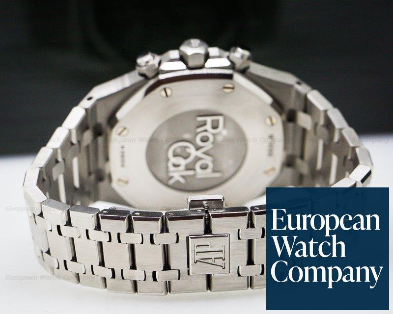 (27075) Audemars Piguet 26320ST.OO.1220ST.02 Royal Oak Chronograph Silver D