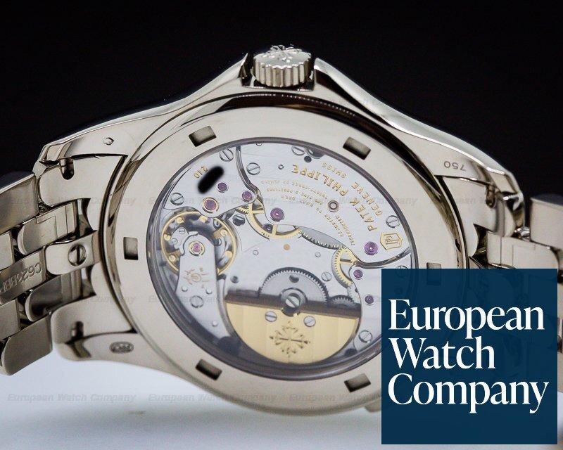 (27133) Patek Philippe 5130/1G-011 World Time 18K White Gold / 18K White Go