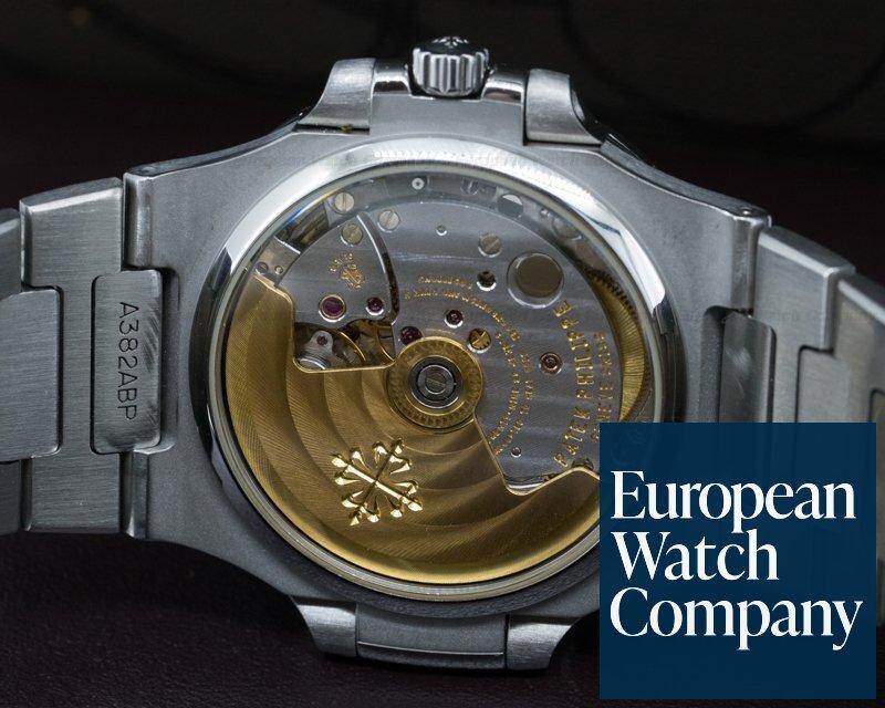Patek Philippe 5800/1A-001 Nautilus Mid Size / Display Back RARE