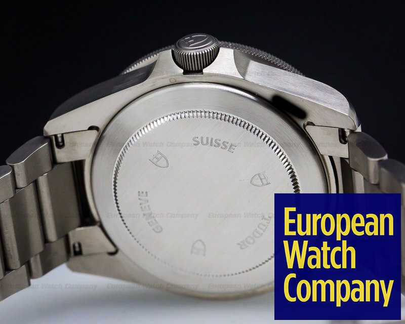Tudor 25500TN Pelagos Black Dial Titanium / Bracelet