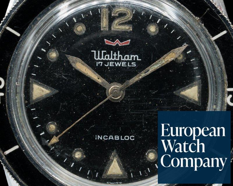 Waltham MC4 Vintage Bathyscaphe Circa 1960's