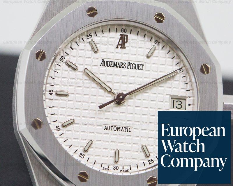 Audemars Piguet 14790ST.OO.0789ST.10 Royal Oak 36mm White Dial SS