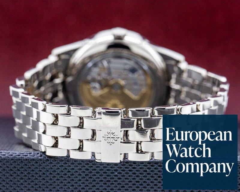 Patek Philippe 5396/1G-010 Annual Calendar Silver Dial 18K White Gold / Bracelet