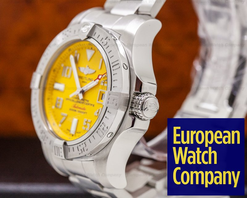 Breitling A1733110/I519 Avenger II Seawolf SS / Yellow Dial