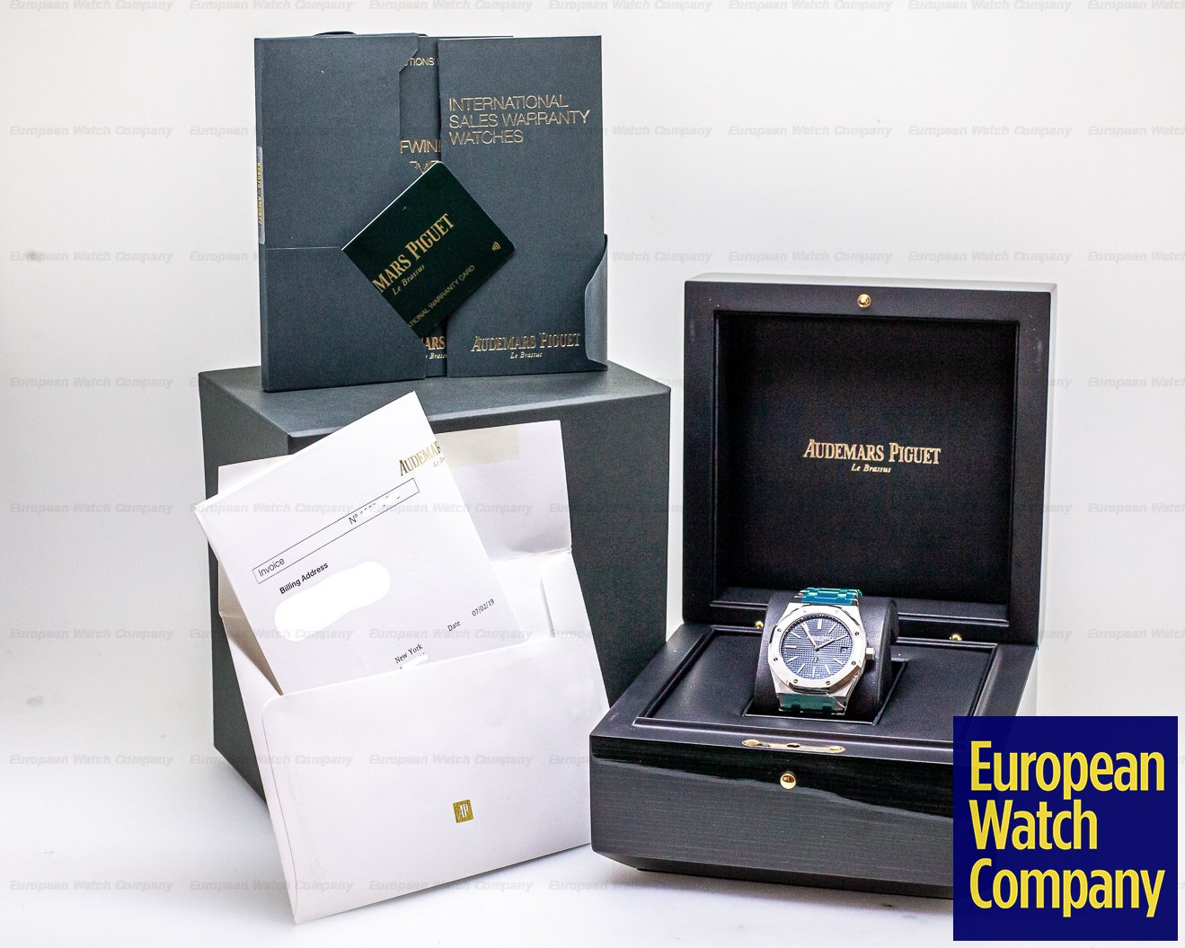 Audemars Piguet 15202ST.OO.1240ST.01 Royal Oak Extra Thin Blue Dial SS 15202ST UNWORN STICKERED