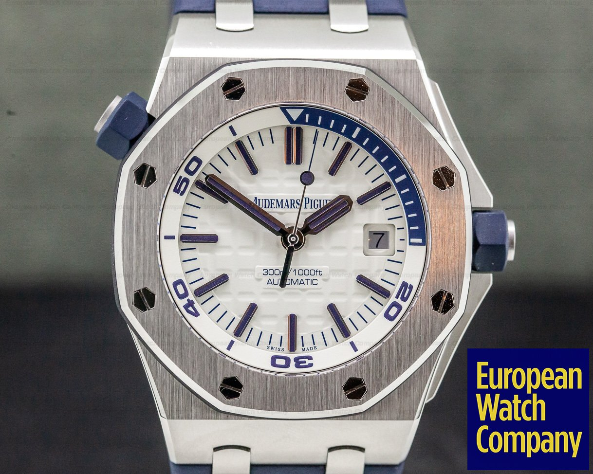 Audemars Piguet 15710ST.OO.A002CA.02 Royal Oak Offshore Diver White Dial UNWORN
