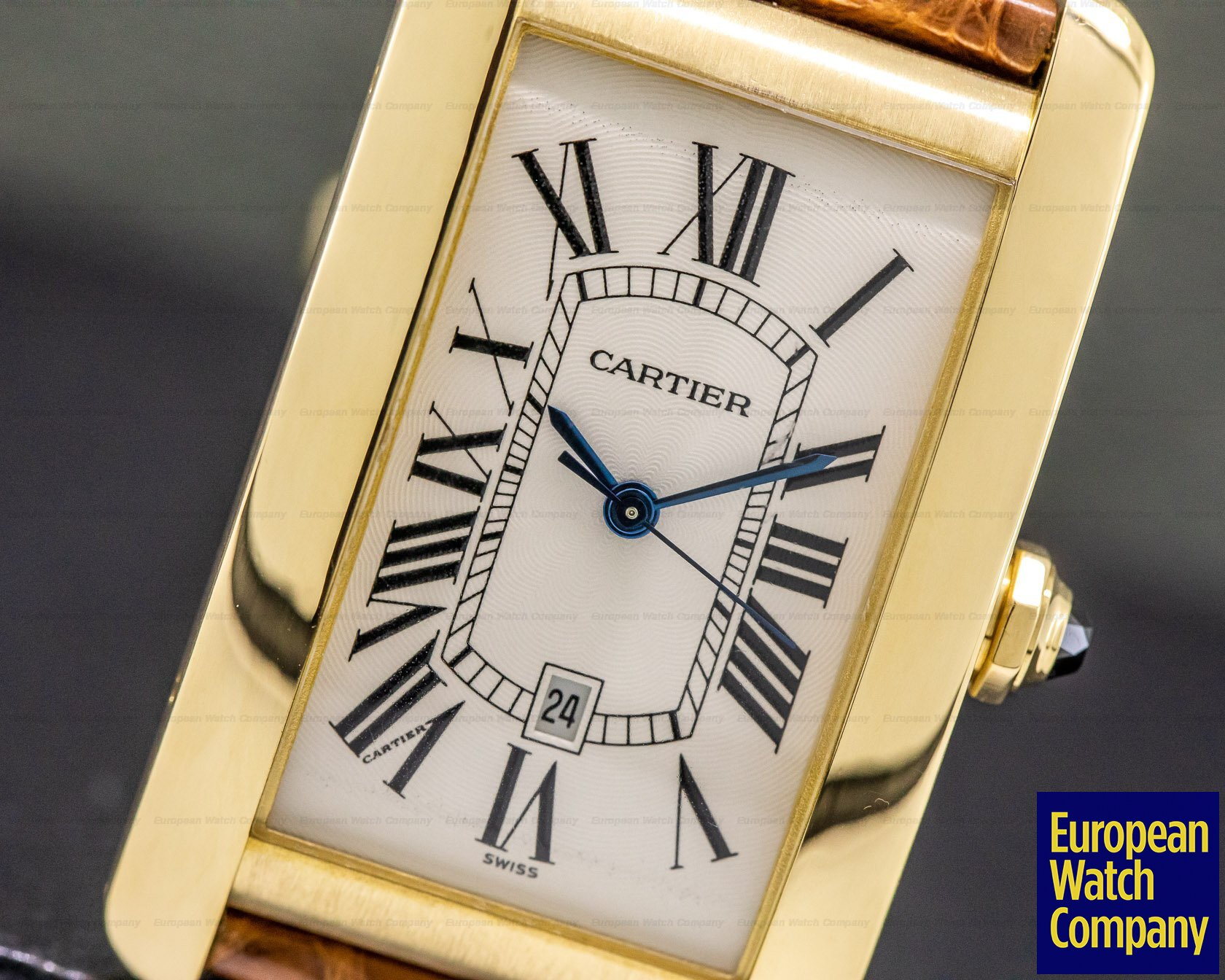 Cartier W2603156 Tank Americaine Large Mens 18K Yellow Gold