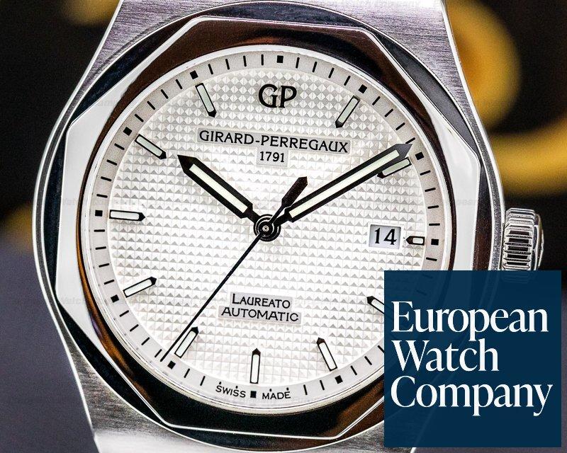 Girard Perregaux 81000-11-131-11A Laureato Heritage SS White Dial