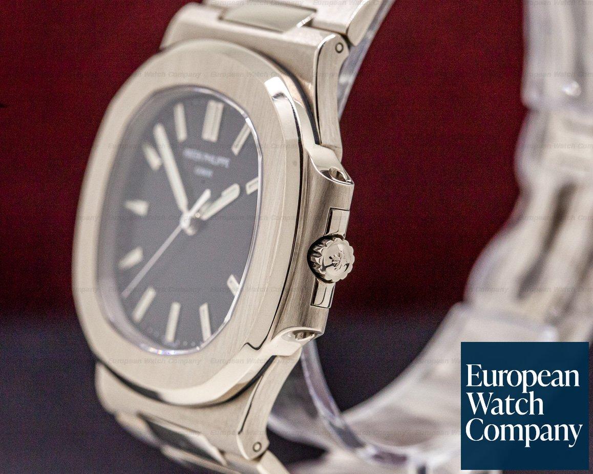 Patek Philippe 3711/1G-001 Nautilus 3711 18K White Gold Black Dial RARE