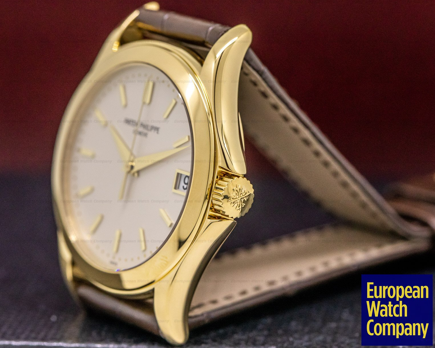 Patek Philippe 5107J-001 Calatrava Automatic 18K Yellow Gold