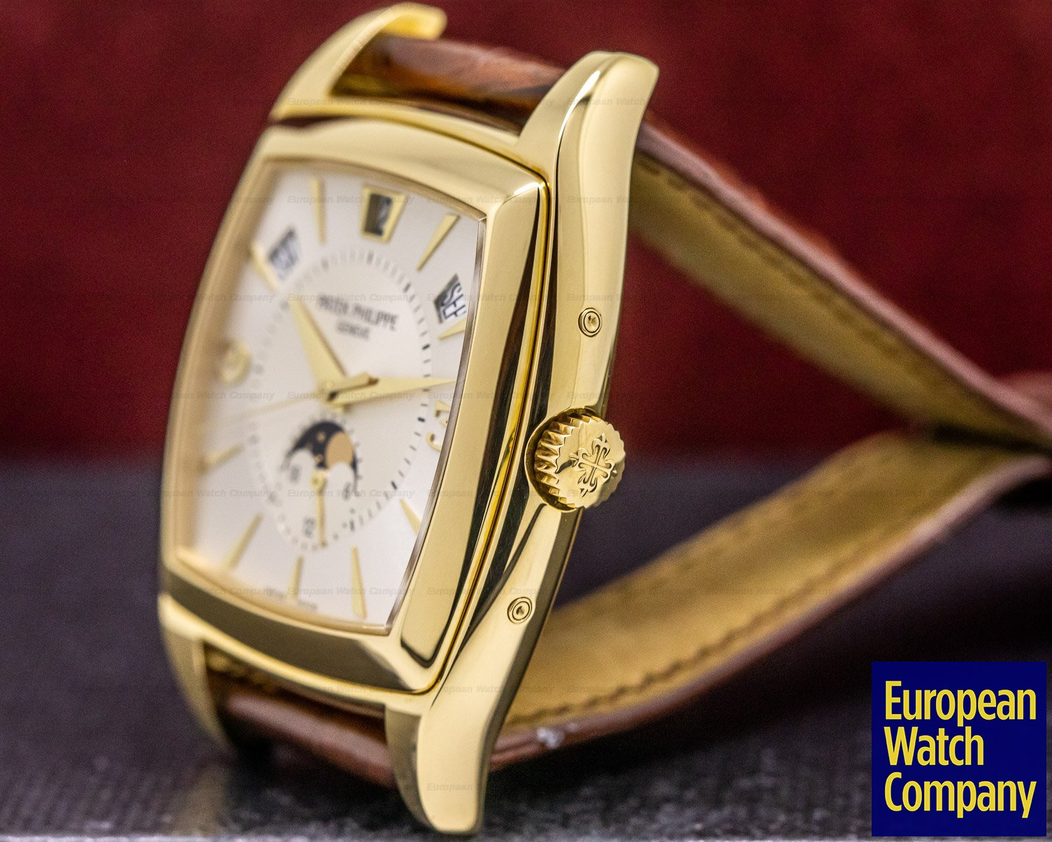 Patek Philippe 5135J-001 Gondolo Calendario Cream Dial 18K Yellow Gold