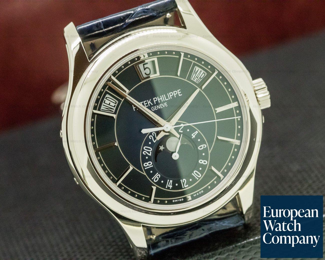 Patek Philippe 5205G-013 Annual Calendar Blue Dial 18K White Gold UNWORN