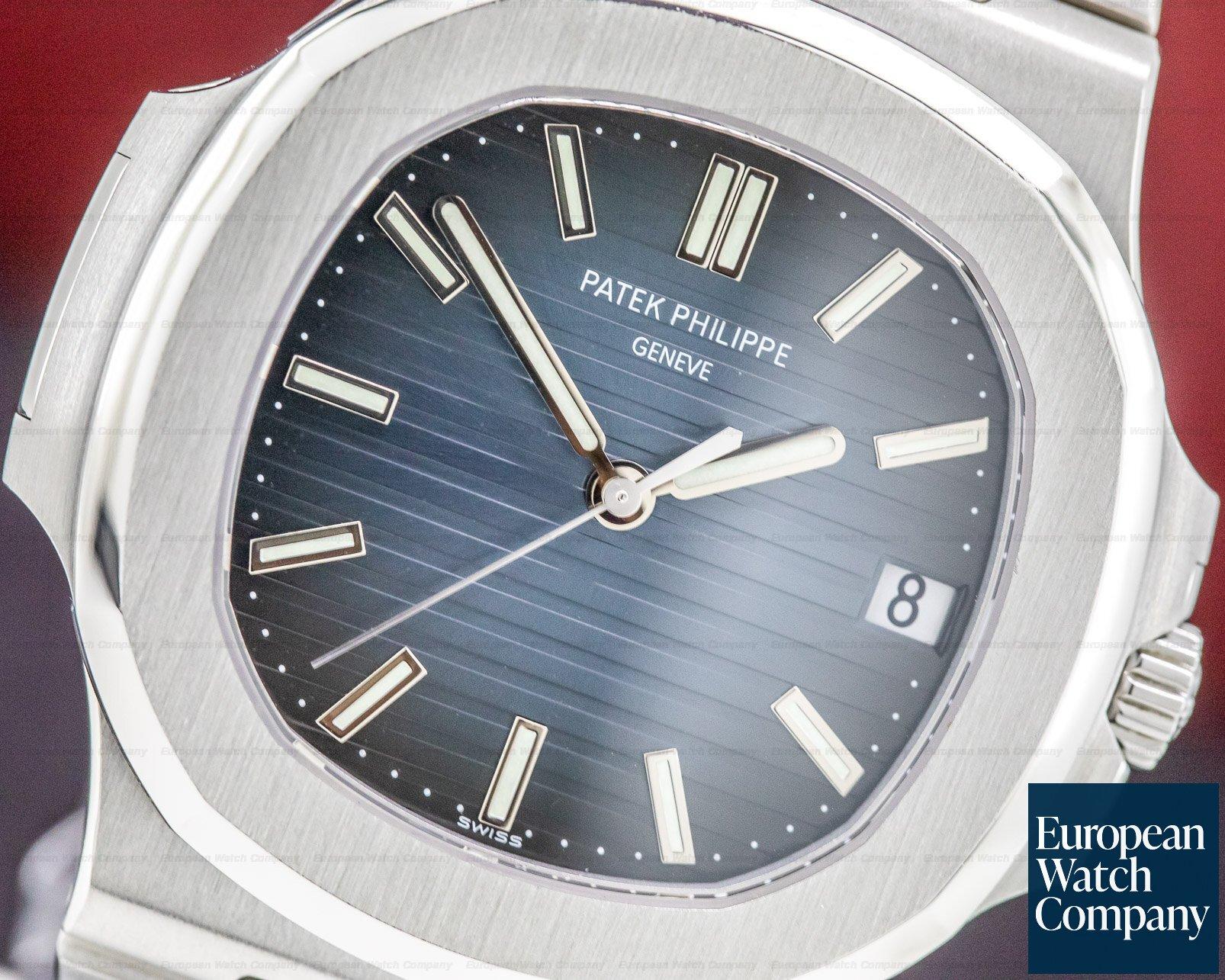 Patek Philippe 5711/1A-001 Jumbo Nautilus Blue Dial SS FULL SET