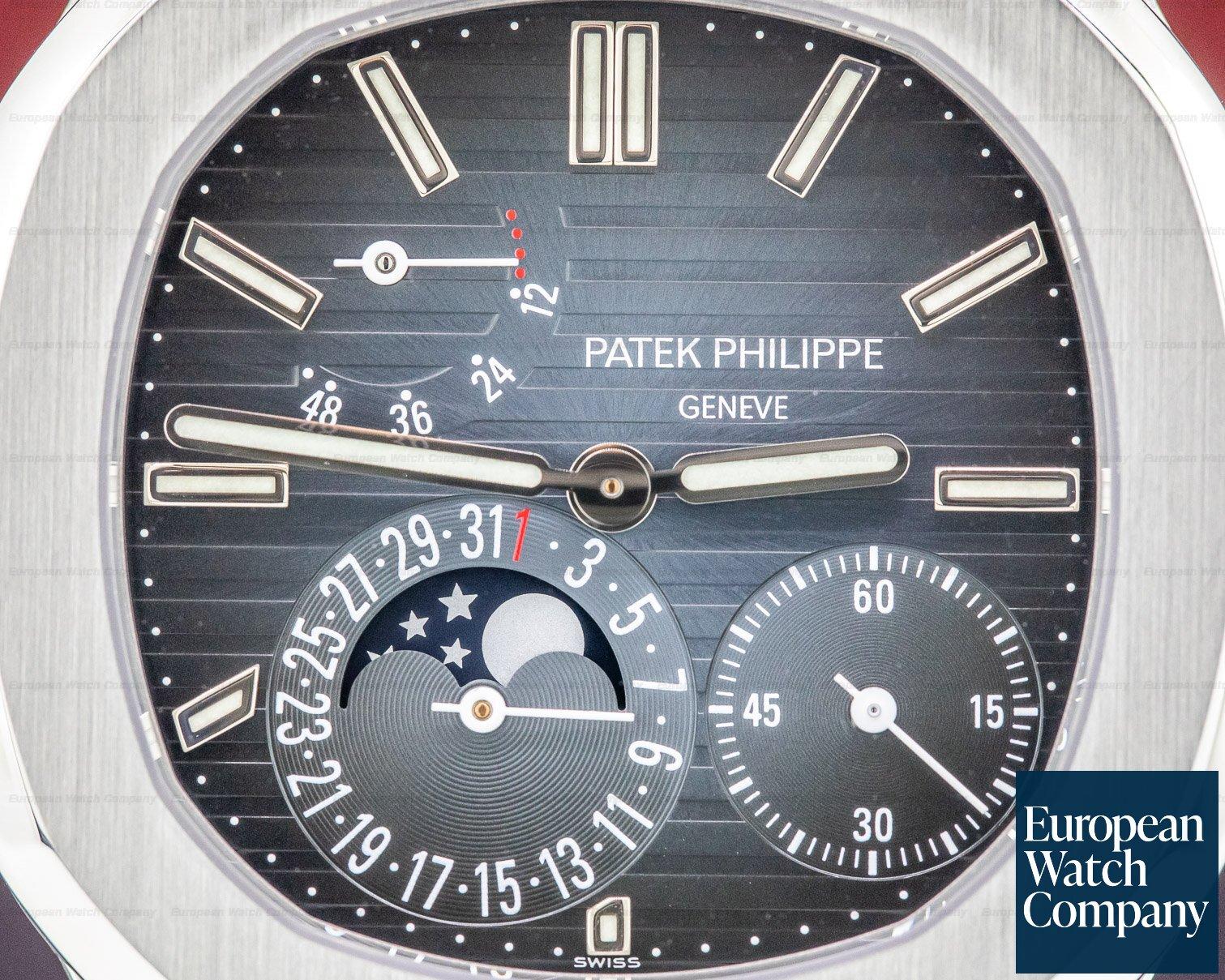 Patek Philippe 5712/1A-001 Jumbo Nautilus Moonphase Power Reserve SS