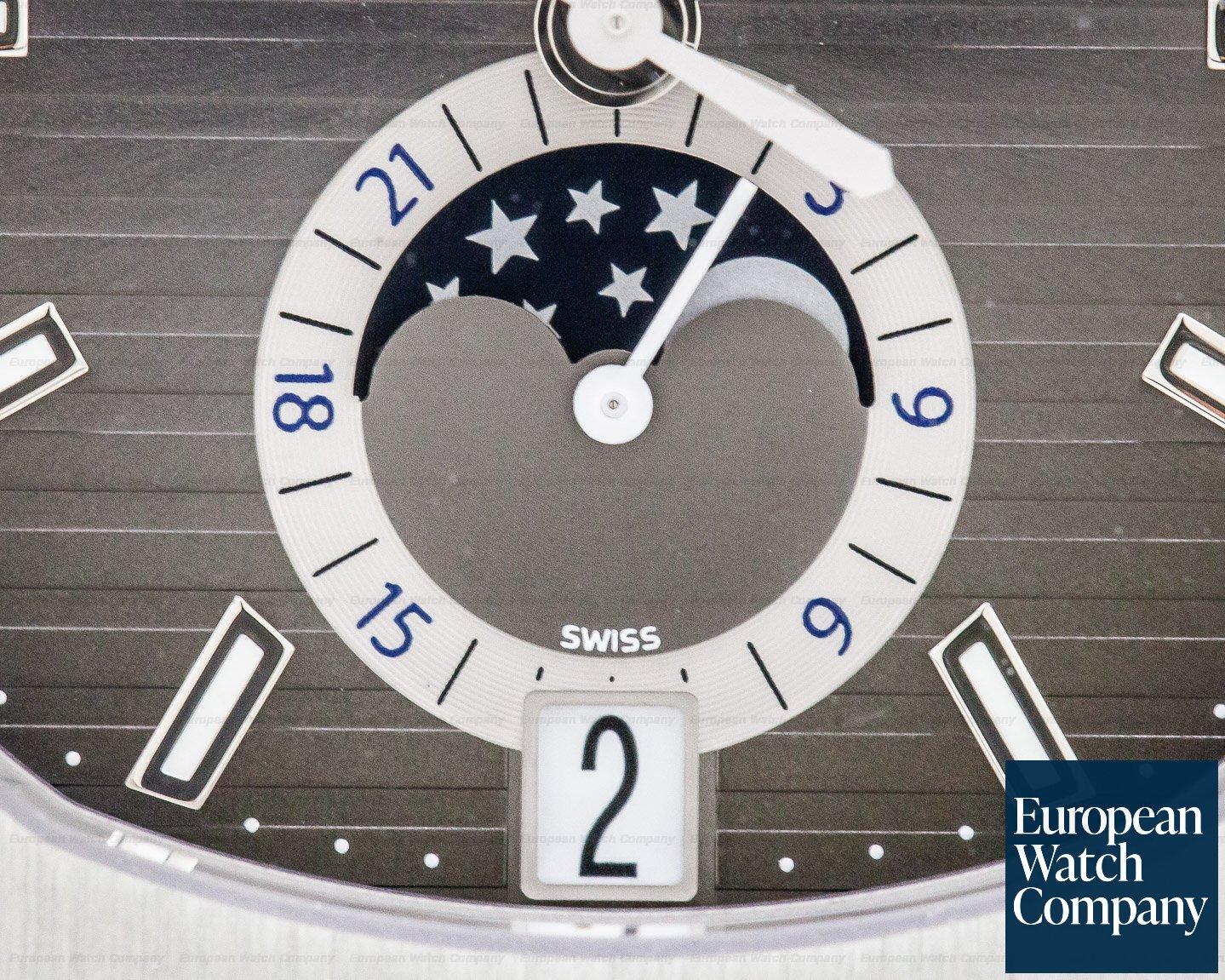 Patek Philippe 5726A-001 Nautilus Annual Calendar Moon SS Grey Dial 2019 UNWORN