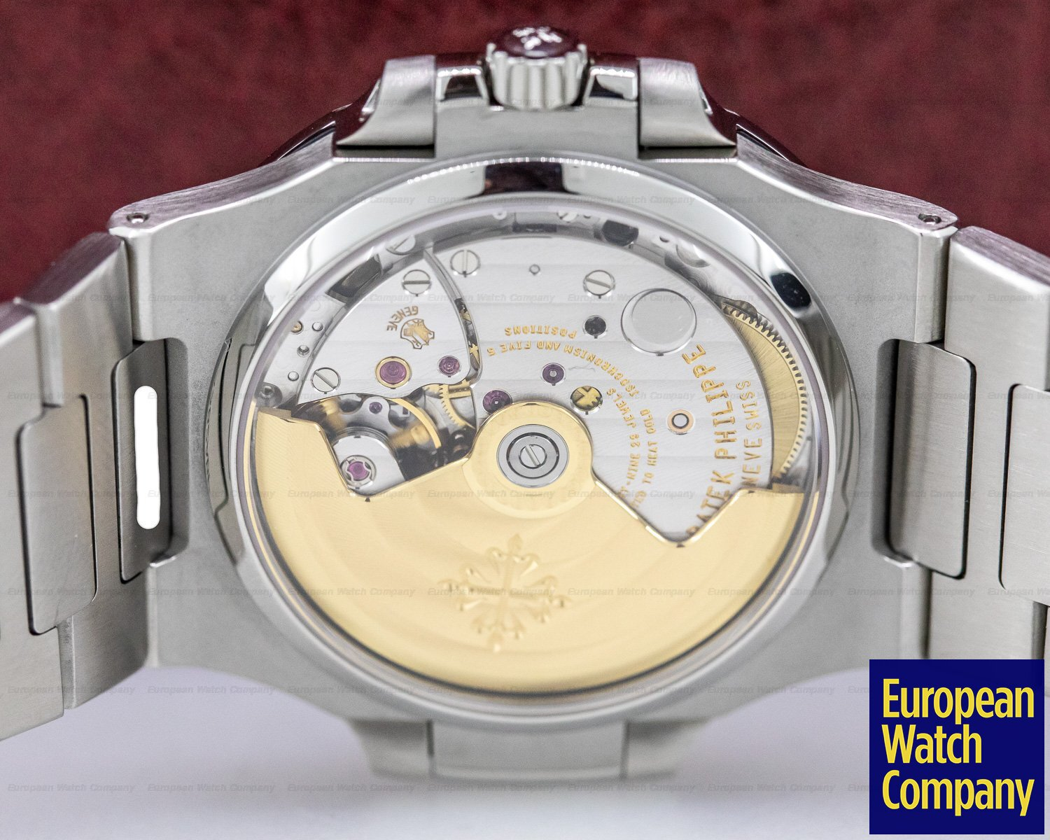 Patek Philippe 5800/1A-001 Nautilus Mid Size / Display Back 5800 RARE
