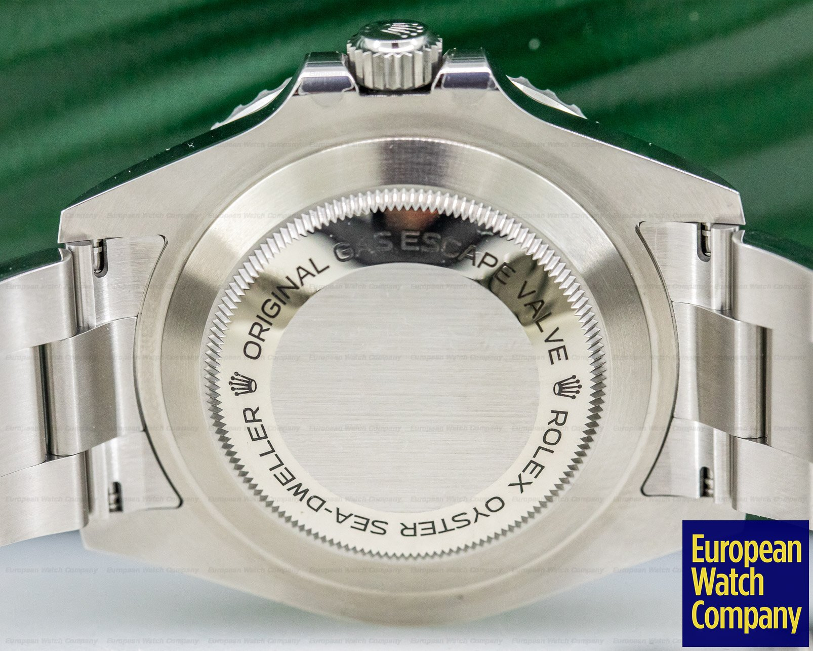 Rolex 126600 Sea Dweller RED 43mm SS UNWORN