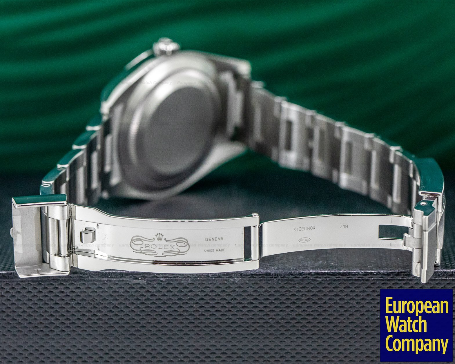 Rolex 214270 Explorer I 39MM SS / SS