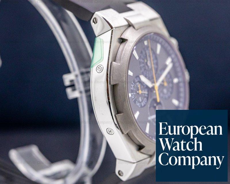 Vacheron Constantin 49020/00W-9656 Overseas Perpetual Chronograph SS Gray Dial / Rubber