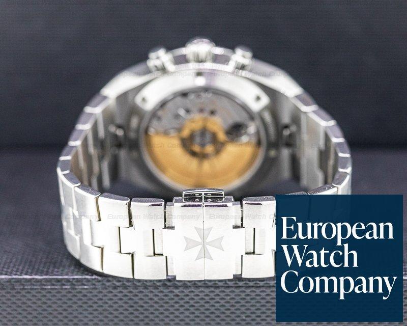Vacheron Constantin 5500V/110A-B075 Overseas Chronograph 5500V Silver Dial SS / Bracelet