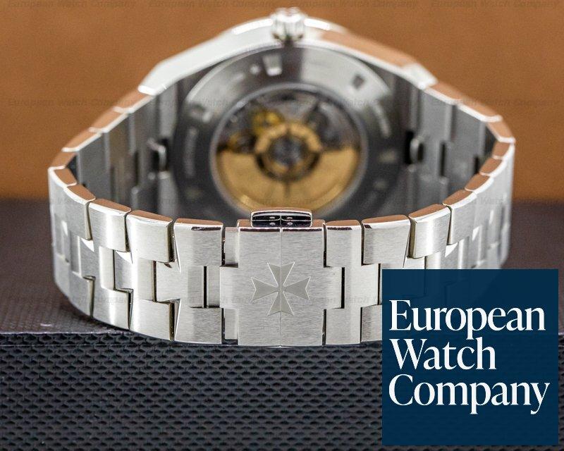 Vacheron Constantin 7700V/110A-B129 Overseas 7700V World Time Silver Dial SS