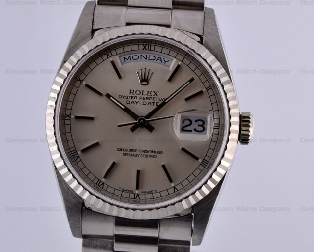 Rolex Day-Date 18K White Gold President Silver Stick Dial T Series (1996)Ref. No. 18239