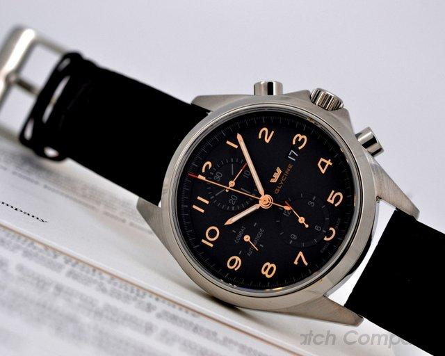 Glycine Combat Chronograph SS / Black Dial