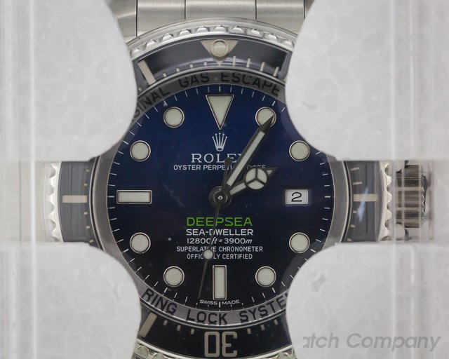 Rolex 116660 Sea Dweller Deep Sea Deep Blue JAMES CAMERON UNWORN WITH BOOK!