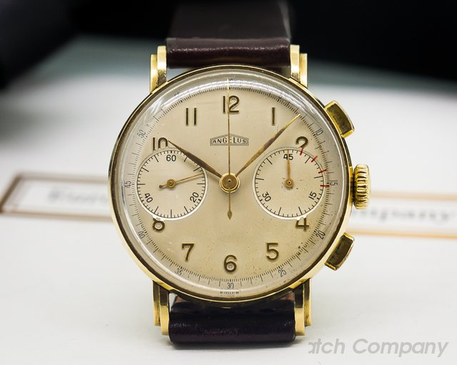 Angelus Vintage Two Register Chronograph 18K Yellow Gold