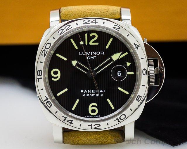Panerai PAM00029 Luminor GMT Tuxedo Dial SS