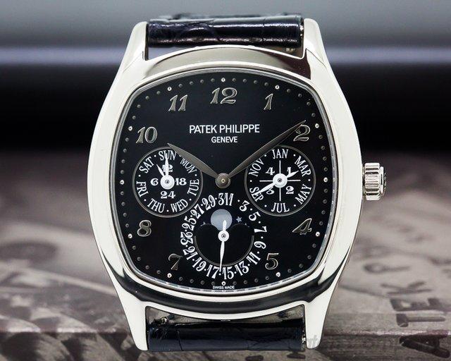 Patek Philippe Perpetual Calendar 18K White Gold Black Dial