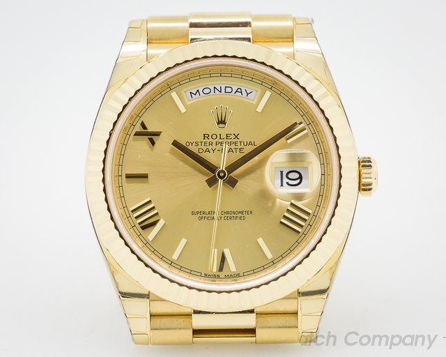 Rolex Day-Date Presidential 40mm Yellow Gold Romans
