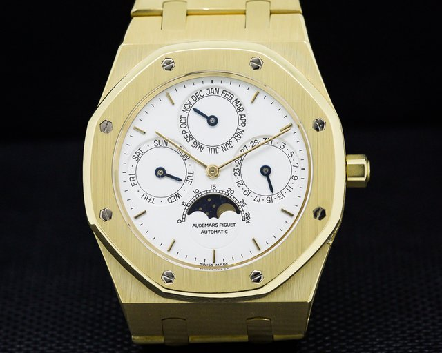 Audemars Piguet 25654BA.0.0944BA Royal Oak Quantieme Perpetuel Automatique 18K Yellow / White Dial