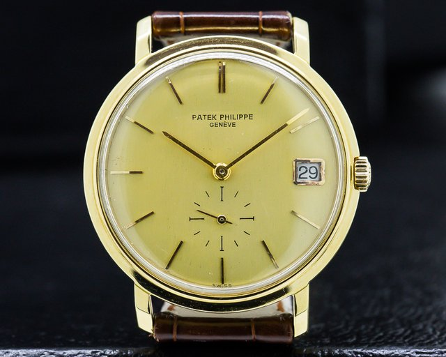 Patek Philippe Vintage Calatrava Automatic 18K Yellow Gold / Champagne Dial