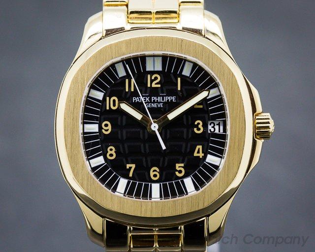 Patek Philippe Large Aquanaut 18K Yellow Gold / Bracelet