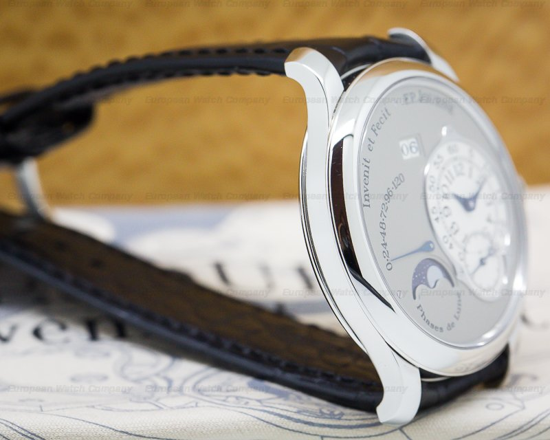 F. P. Journe Octa Lune Automatic Platinum / Grey Dial 40MM
