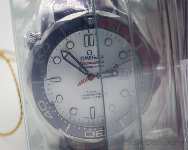 Omega Seamaster 300m Commander 007 James Bond 41mm SEALED LIMITED EDITION