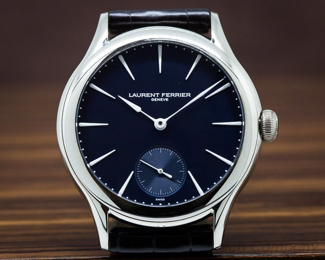 Laurent Ferrier Galet Micro-Rotor 18k White Gold Blue DIal