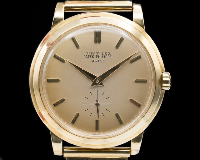 Patek Philippe 2552 Calatrava 2552 TIFFANY & CO  'DISCO VOLANTE'  18K Yellow / Bracelet