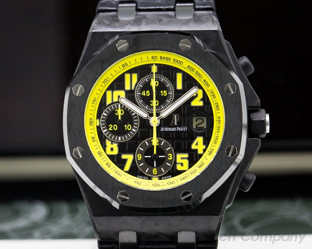 "Audemars Piguet 26176FO.OO.D101CR.02 Royal Oak Offshore ""Bumble Bee"" Chronograph Carbon / Ceramic"