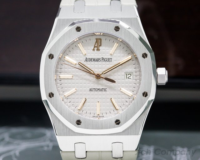 Audemars Piguet 15310PT.OO.D008CR.01 15310PT Royal Oak Platinum / Limited Edition for Italy 39MM