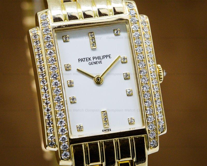 Patek Philippe 4825/101J-010 Ladies Gondolo Quartz / Diamonds 18k YG