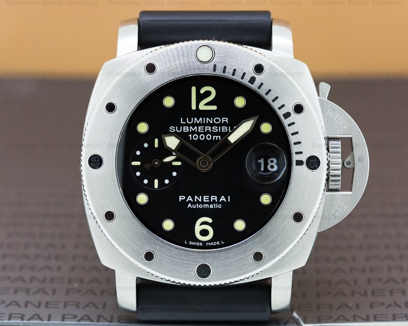 Panerai PAM00243 Luminor Submersible SS / Rubber