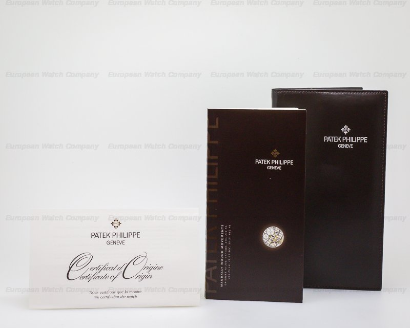 Patek Philippe 5196G-001 Calatrava 18K White Gold Manual Wind