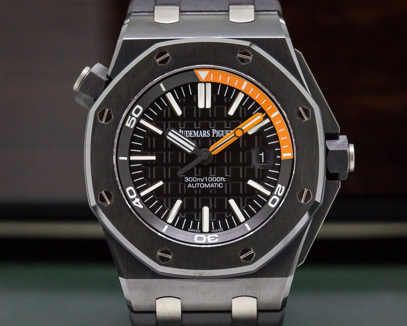 Audemars Piguet 15707CE.OO.A002CA.01 Royal Oak Offshore Diver Ceramic