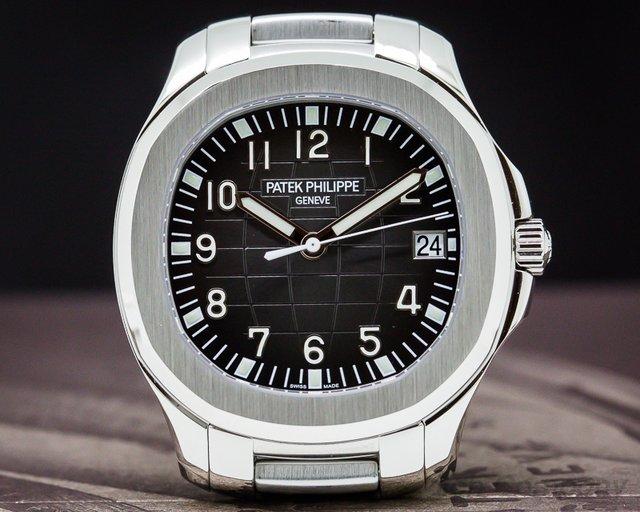 Patek Philippe 5167/A-001 Aquanaut 5167 SS / SS UNWORN