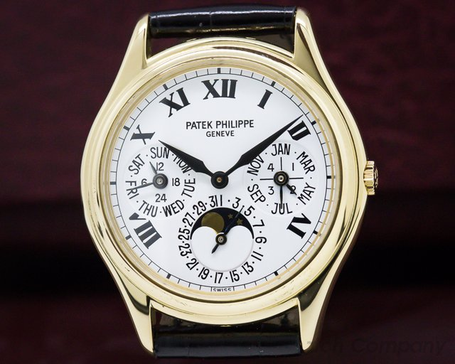 Patek Philippe 3940J-022 Perpetual Calendar Yellow Gold / Roman Numerals