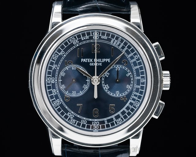 Patek Philippe 5070P 5070 Platinum Blue Dial Chronograph UNPOLISHED