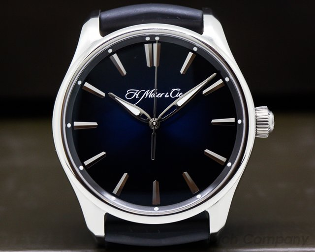 H. Moser & Cie 3200-1200 Pioneer Centre Seconds SS Blue Fume Dial